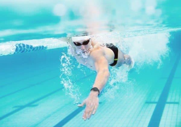 Lợi ích của bơi lội là gì? Bơi lội có tác dụng như thế nào đến sức khoẻ?