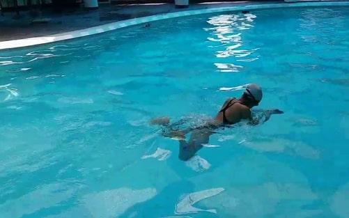 bơi ếch