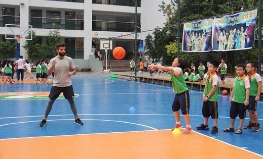 kỹ thuật truyền bóng bóng rổ